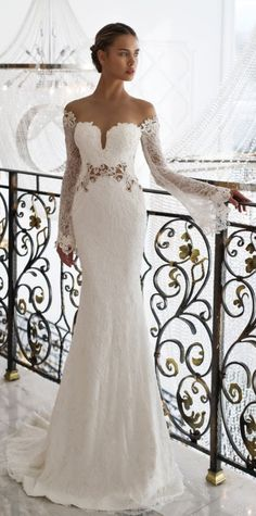 Wedding dress idea; Featured: Nurit Hen #dressesideas
