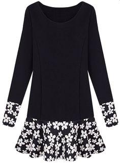 Plus Size Floral Graphic Ruffled Dress - OASAP.com. HandarbeitKleidungLangärmeliges  ... 024e0defd1