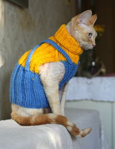 Minion. Hand knitted Cat Small Dog Sweater Jumper Jacket