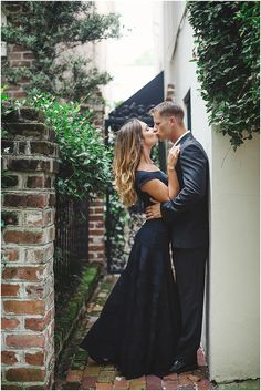 Formal Engagement Session Outfit Ideas | Downtown Savannah Engagement Session | Izzy Hudgins Photography