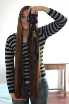 Vous avez décidé de faire couper vos longs cheveux ? Alors, si en plus vous pouvez gagner de l'argent avec, vous ne devez plus hésiter. Découvrez l'astuce ici : http://www.comment-economiser.fr/vendre-cheveux.html?utm_content=bufferdb0dc&utm_medium=social&utm_source=pinterest.com&utm_campaign=buffer