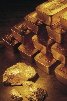 Vibrational Manifestation has everything you will need for an amazing experience in manifesting - Gold flows effortlessly with abundance to me My long term illness is finally going away, and I think I might have found the love of my life. Gold Bullion Bars, Silver Bullion, Gold Reserve, I Love Gold, Gold Everything, Money Stacks, Gold Aesthetic, Aesthetic Colors, Gold Money
