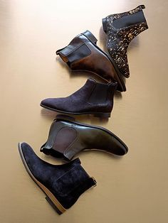 Wear them to work or for a casual night out. The Chelsea boot is timeless: http://www.stylegirlfriend.com/5-days-5-ways-chelsea-boot/