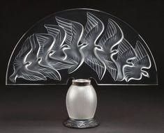 indigodreams:  LALIQUE CLEAR AND FROSTED GLASS HOKKAIDO VEILLEUSE . Circa 1990