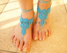 THIS IS A DIGITAL DOWNLOADABLE FILE (PDF PATTERN TUTORIAL) - NOT A PRODUCT. -------------------------------------------------------------------------------------------------------------------------  This listing is for one of the crochet barefoot sandals patterns designed by me. Only, find on my shop. I like preparing various designed items. A great accessory to a wedding on the beach. Its written in American terms. I took photos step by step. Easy following.. Enjoy! (not beginner)  Size: 3…