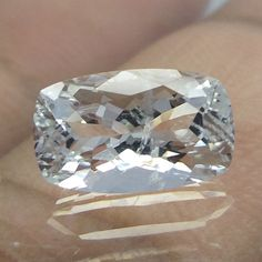 10.7x6.6 mm Goshenite VVS Aquamarine White Beryl 2.2 Carat Cushion Faceted Stone