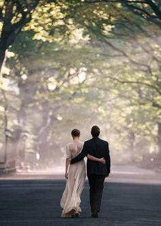 wedding wedding photo inspiration- the power of walk