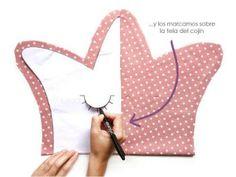 Cojines decorativos DIY - Corona y nube -Tutorial y patrón gratis