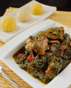 Afang soup seems to be on everyone's lips lately and will soon be in their stomachs. Want to know the trick to getting your Afang looking fresh and inviting after cooking? Then click the link in the profile. #1qfoodplatter #nigerianrecipes #nigeriansoup #afang #fresh #nigerianfood #foodblogger #foodpics #lunch by 1qfoodplatter