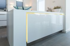 Eggersmann  maatwerk keuken hoogglans wit LED