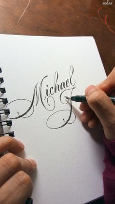 lettering hand lettering calligraphy brush lettering tutorial art drawing handlettering леттеринг за 5 минут how to mar Calligraphy Fonts Alphabet, Calligraphy Video, Calligraphy Tutorial, Calligraphy Drawing, Copperplate Calligraphy, Lettering Tutorial, Cursive, Penmanship, Handwriting Fonts