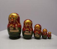 Matryoshka dolls   #ceramiic #wealth #value #cbd #wax #glass #antique #murano #kokova #vintage Glasgow, Edinburgh, Free Recycle, Matryoshka Doll, Murano, Important People, Jade Jewelry, Wooden Dolls, Root Beer