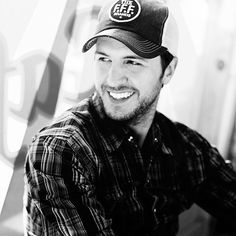 luke bryan, I really want to marry him if he didn't have a wife and I didn't have the greatest guy ever already, such a cutie