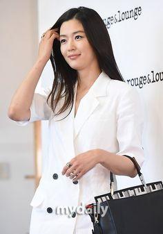 """【PHOTO】チョン・ジヒョンら「rouge&lounge」のイベントに登場""""出産後とは思えないプロポーション"""" - ENTERTAINMENT - 韓流・韓国芸能ニュースはKstyle"""