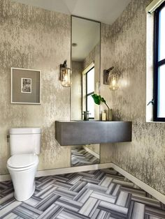 Tapéta és látványos padlóburkolat a fürdőben - fürdő / WC ötletek, modern stílusban