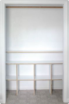 How to build cheap and easy DIY closet shelves Learn how to build closet shelves for any closet in your home. These DIY closet shelves are inexpensive and easy to customize for any size closet. Diy Closet Shelves, Playroom Closet, Closet Built Ins, Baby Closet Organization, Kid Closet, Closet Bedroom, Diy Bedroom, Organization Ideas, Closet Ideas Kids