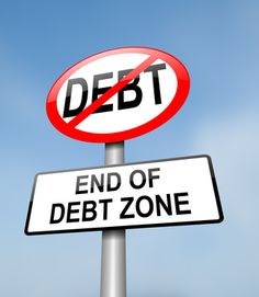 The Sorry State of Student Loan Payment  Research shows that today about one in three college graduates are lagging behind in their student loan repayment schedule. This is a glimpse of the dismal overall economic scenario that is prevalent in the United States. Among all the outstanding debts in the nation, student loans topped the list.