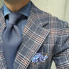Thursday. #men #menstyle #menswear #mensfashion #napoli #sprezzatuza #mensclothing #bespoke #dandy #gentleman #mensaccessories #mensstyle #tailor #milano #fashion #menwithclass #italy #style #styleformen #wiwt #suit #dapper #menwithstyle #ootd #daily #moda #stile #elegance #classy #mnswr