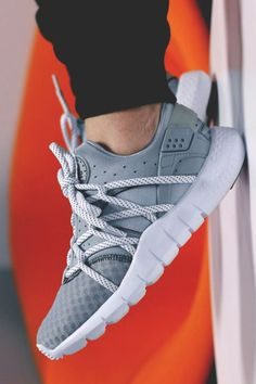 The Best Men's Shoes And Footwear : Nike Air Huarache NM: Grey. Nike Air Huarache, Nike Free Shoes, Nike Shoes Outlet, Toms Outlet, Sneakers Mode, Shoes Sneakers, Roshe Shoes, Grey Sneakers, Adidas Shoes
