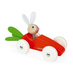A lovely car to help your child develop their motor skills. The directional wheels go in all directions, while the rabbit's ears and carrot tops are made of felt, for a super soft touch! Felt ears and carrot tops. Cardboard Toys, Wooden Toys, Carrot Cars, Carrot Top, Arty Toys, Best Baby Toys, Traditional Games, Learning Toys, Early Learning