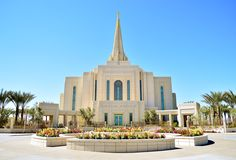 Click to enlarge this image of the Gilbert Arizona Mormon Temple