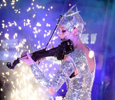 Mirror Themed Acts and entertainment hire ; Corporate Entertainment, Party Entertainment, Nye Party, Xmas Party, Mirror Man, London Manchester, Cracker, Winter Wonderland Wedding, Pop Songs