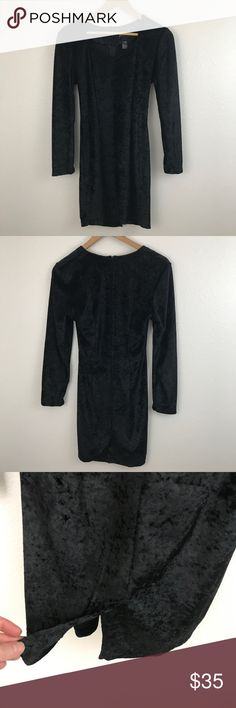 Vintage Crushed Velvet Lngslv Fit & Flare Dress Witchy and perfect for fall v neck crushed velvet fit and flare dress. Flattering cut with zipper back enclosure and back slit. Great vintage condition. Armpit to armpit; 17 inches length from shoulder: 33 inches Vintage Dresses Long Sleeve
