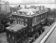 Andrew Carnegie secretly purchased the land for his mansion in c.1898 during NYC's Gilded Age. Built in c.1903. Carnegie's UES mansion at 91st and 5th, is now the location for the Cooper-Hewitt National Design Museum.