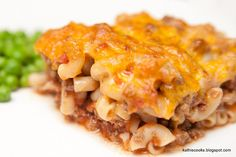 Kathie Cooks...: Simple Macaroni and Beef with Cheese