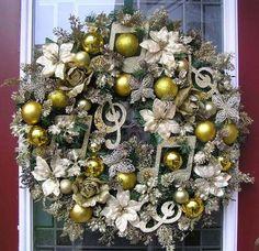 Golden Musical Note Christmas Door Wreath