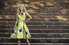 Krátke spoločenské šaty Svadobný salón valery, krátke šaty, šaty na svadbu, šaty na stužkovú, popolnočné šaty, požičovna šiat, kvetované krátke šaty