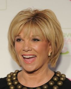 Best Short Layered Hairstyles For 40 Plus Women | Women Breast ...