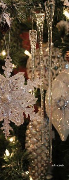 A Christmas Story, Dandelion, Flowers, Plants, Flora, Royal Icing Flowers, Dandelions, Floral, Plant