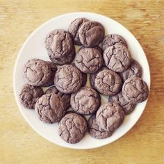 chocolate cake-mix cookie recipe.    .all you need is love. blog.