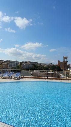 Intercontinental Malta rooftop pool