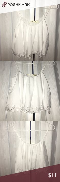 Scalloped crop top Flowy crop top. Scallop detailing at the bottom. Adjustable straps. Great condition! Tops Crop Tops