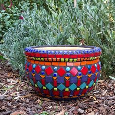 Starting at the top with the blue then pink, yellow & purple , gold, then continue colour scheme.Pot's in the best images about Mosaic Vasesmosaic plant pot to be sold for Mosaic Planters, Mosaic Garden Art, Mosaic Vase, Mosaic Flower Pots, Pebble Mosaic, Mosaic Mirrors, Planter Pots, Mosaic Crafts, Mosaic Projects