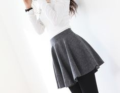 simple gray skirt with a white tee and black tights. maybe with a pop of red in a scarf? Skirt Outfits, Fall Outfits, Cute Outfits, Cute Fashion, Fashion Outfits, Womens Fashion, Casual Chique, Gray Skirt, Cute Skirts