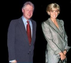 NB This is NOT a genuine shot. The photo of Diana was taken 22 April 1997 BUT Bill Clinton has been photoshopped into this shot. He was not present at the time Diana's photo was taken.