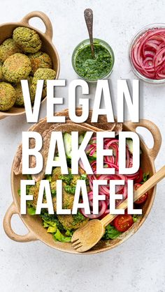Recipes Videos Looking for the best falafel recipe? These healthy baked falafel are vegan, gluten-free and Slimming World friendly. Eat them with salad, in a wrap or make a falafel burger – they are incredibly delicious any way you serve them! Vegan Recipes Videos, Healthy Recipe Videos, Raw Vegan Recipes, Veggie Recipes, Healthy Recipes, Vegan Slimming World, Slimming World Salads, Slimming World Vegetarian Recipes, Best Falafel Recipe