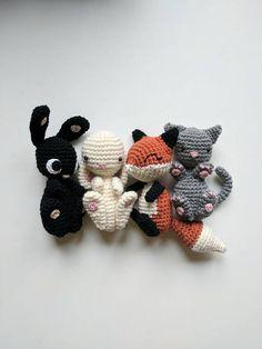 Mesmerizing Crochet an Amigurumi Rabbit Ideas. Lovely Crochet an Amigurumi Rabbit Ideas. Scrap Crochet, Crochet 101, Crochet Bunny, Love Crochet, Crochet Animals, Crochet Ideas, Crochet Flower Patterns, Crochet Patterns Amigurumi, Crochet Dolls