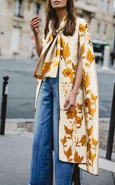 Sheinstreet Fashion Stylish Spring and Summer Red Printed Loose Sleeveless Shawl