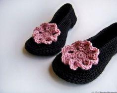 -Valentine Black Pink Crochet Slippers Honeysuckle by natalya1905