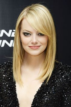 Emma Stone I love the way her hair is cut!