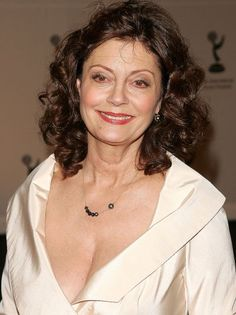 Susan Sarandon's craziest cleavage revisited Old Hollywood Actresses, Hot Actresses, Susan Surandon, Susan Sarandon Hot, Pretty Baby 1978, Thelma Et Louise, Female Movie Stars, The Lovely Bones, Toronto Film Festival