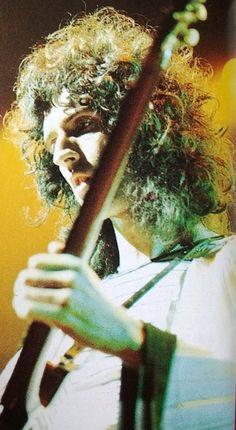 Brian May, physicist angel glam guitar god Queen Brian May, I Am A Queen, Save The Queen, Brian's Song, Roger Taylor, Queen Photos, Ben Hardy, British Rock, Queen Freddie Mercury
