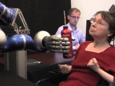 Paralyzed woman gets robotic arm she controls with her mind   Περιοδικό Αυτονομία - Disabled.GR