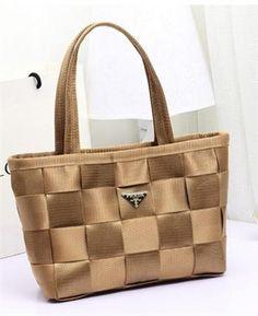 European Fashion Woven Lingge Shoulder Handbag