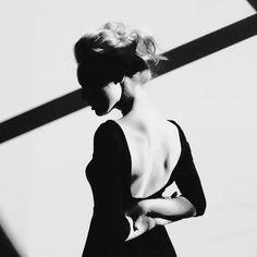 contraste ♋ portrait buste noir et blanc clair obscur