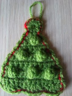 Christmas Tree Ornament ~ Free pattern (I've become obsessed with bobbles this year - 2013) lol